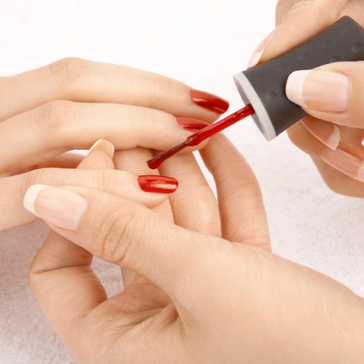 Como quitar manicura semipermanente en casa